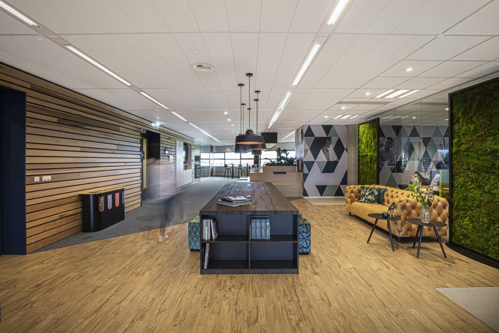 Projectinrichting kantoorinrichting flexplekken maatwerk Den Bosch Uden